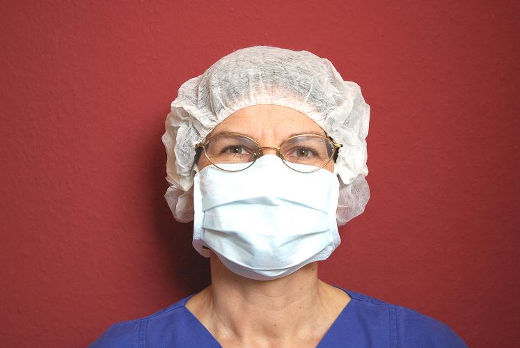 Dr. Ragna Regina Dereser